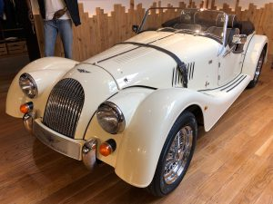 MORGAN PLUS4 – ROYAL IVORY