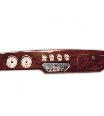 Dashboard in notenhout (01-2003 – 01-2008) [ART 50] 745,36€ BTW inb